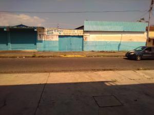 Local Comercial En Ventaen Acarigua, Centro, Venezuela, VE RAH: 20-22634
