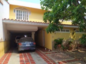 Casa En Ventaen Caracas, El Cafetal, Venezuela, VE RAH: 20-22147