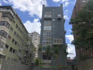 Apartamento En Ventaen Caracas, Los Palos Grandes, Venezuela, VE RAH: 20-20796