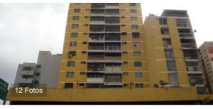 Apartamento En Ventaen Caracas, Parroquia Santa Rosalia, Venezuela, VE RAH: 21-6663