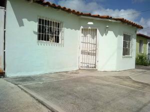 Casa En Ventaen Barquisimeto, Parroquia El Cuji, Venezuela, VE RAH: 20-20816