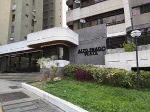 Apartamento En Ventaen Caracas, Lomas De Prados Del Este, Venezuela, VE RAH: 20-20877