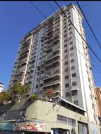 Apartamento En Ventaen Caracas, Parroquia La Candelaria, Venezuela, VE RAH: 20-20872