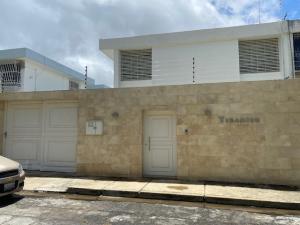 Casa En Ventaen Caracas, Los Pomelos, Venezuela, VE RAH: 20-20878