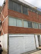 Casa En Ventaen Caracas, Caicaguana, Venezuela, VE RAH: 20-21104