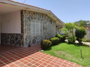 Casa En Ventaen Municipio San Diego, Morro I, Venezuela, VE RAH: 20-20891