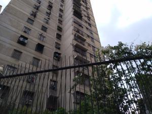 Apartamento En Ventaen Caracas, San Martin, Venezuela, VE RAH: 20-20953
