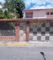 Casa En Ventaen Guatire, El Castillejo, Venezuela, VE RAH: 20-20961