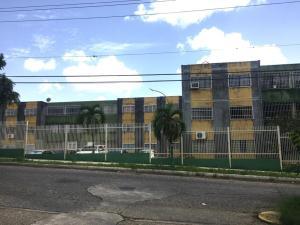 Apartamento En Ventaen Cabudare, La Mora, Venezuela, VE RAH: 20-21013