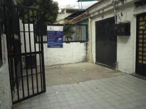 Local Comercial En Alquileren Caracas, Propatria, Venezuela, VE RAH: 20-21016