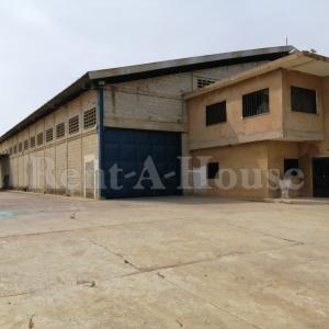 Galpon - Deposito En Alquileren Municipio San Francisco, Zona Industrial, Venezuela, VE RAH: 20-21103