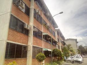 Apartamento En Ventaen Guarenas, Ciudad Casarapa, Venezuela, VE RAH: 20-21041