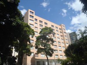 Apartamento En Alquileren Caracas, El Rosal, Venezuela, VE RAH: 20-21052