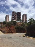 Apartamento En Ventaen Parroquia Caraballeda, La Llanada, Venezuela, VE RAH: 20-21100