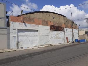 Galpon - Deposito En Alquileren Maracaibo, Zona Norte, Venezuela, VE RAH: 20-21078