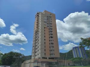 Apartamento En Ventaen Valencia, La Trigaleña, Venezuela, VE RAH: 20-21085