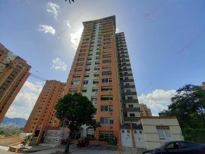Apartamento En Ventaen Valencia, Las Chimeneas, Venezuela, VE RAH: 20-21086