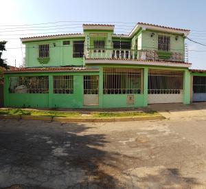 Casa En Ventaen Coro, Sector Independencia, Venezuela, VE RAH: 20-21088