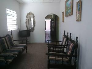 Casa En Ventaen Maracaibo, Francisco De Miranda, Venezuela, VE RAH: 20-21115