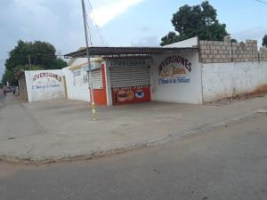 Local Comercial En Ventaen Municipio San Francisco, El Silencio, Venezuela, VE RAH: 20-21146