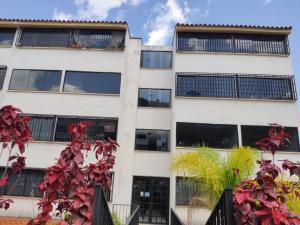 Apartamento En Ventaen Los Teques, Los Teques, Venezuela, VE RAH: 20-21031
