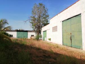 Galpon - Deposito En Ventaen Maracaibo, Circunvalacion Dos, Venezuela, VE RAH: 20-21223