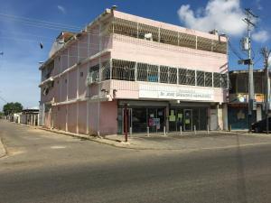 Local Comercial En Ventaen Ciudad Ojeda, Vargas, Venezuela, VE RAH: 20-21247