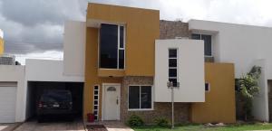 Townhouse En Ventaen Ciudad Bolivar, Andres Eloy Blanco, Venezuela, VE RAH: 20-21238