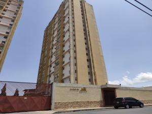 Apartamento En Ventaen Barquisimeto, Parroquia Concepcion, Venezuela, VE RAH: 20-21239