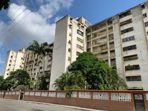 Apartamento En Ventaen Caracas, Caricuao, Venezuela, VE RAH: 20-21261
