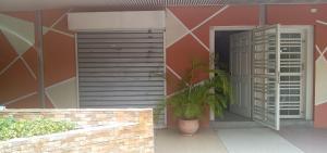 Local Comercial En Alquileren Cabudare, Centro, Venezuela, VE RAH: 20-21310