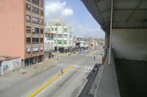 Local Comercial En Alquileren Guatire, Guatire, Venezuela, VE RAH: 20-21327
