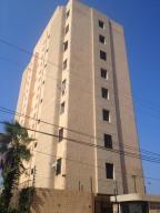 Apartamento En Alquileren Maracaibo, La Lago, Venezuela, VE RAH: 20-21330