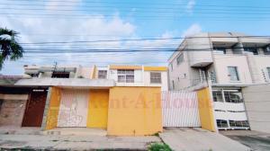 Casa En Ventaen Maracay, Andres Bello, Venezuela, VE RAH: 20-21342