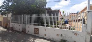 Casa En Ventaen Barquisimeto, Parroquia Catedral, Venezuela, VE RAH: 20-21360