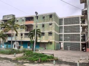 Apartamento En Ventaen Valencia, La Isabelica, Venezuela, VE RAH: 20-21372