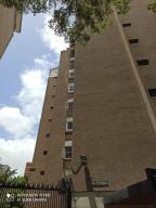 Apartamento En Ventaen Caracas, El Recreo, Venezuela, VE RAH: 20-21301