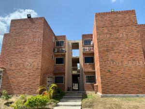 Apartamento En Ventaen Guatire, Canaima Iv, Venezuela, VE RAH: 20-21747