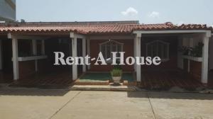Casa En Alquileren Ciudad Ojeda, Avenida Vargas, Venezuela, VE RAH: 20-21422