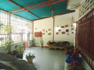 Casa En Ventaen Catia La Mar, Ezequiel Zamora, Venezuela, VE RAH: 20-3737
