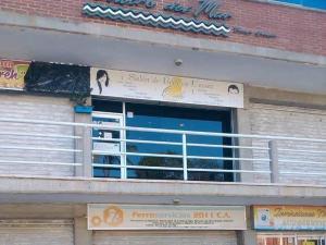 Local Comercial En Alquileren Catia La Mar, Playa Grande, Venezuela, VE RAH: 20-3267