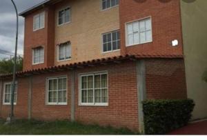 Apartamento En Ventaen Guatire, Alto Grande, Venezuela, VE RAH: 20-21475