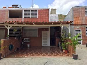 Casa En Ventaen Guatire, Bonaventure Country, Venezuela, VE RAH: 20-21496