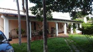 Casa En Ventaen Caracas, Santa Eduvigis, Venezuela, VE RAH: 20-22281