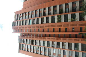 Apartamento En Ventaen Caracas, Prado Humboldt, Venezuela, VE RAH: 20-21533