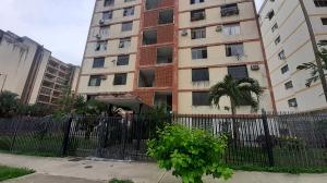 Apartamento En Ventaen Valencia, Trigal Norte, Venezuela, VE RAH: 20-21563