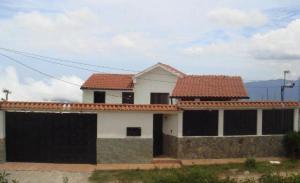 Casa En Ventaen El Junquito-Vargas, El Junko Country Club, Venezuela, VE RAH: 20-21588