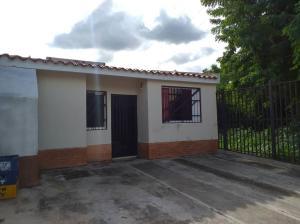 Casa En Ventaen Municipio San Diego, Monte Carmelo, Venezuela, VE RAH: 20-21642