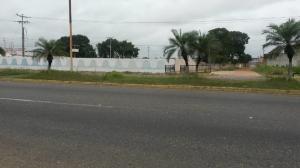 Terreno En Ventaen El Tigre, Sector Avenida Intercomunal, Venezuela, VE RAH: 20-21674
