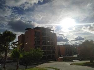 Apartamento En Ventaen Municipio Naguanagua, Piedra Pintada, Venezuela, VE RAH: 20-21715